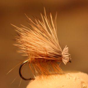 elk-hair-caddis-tan